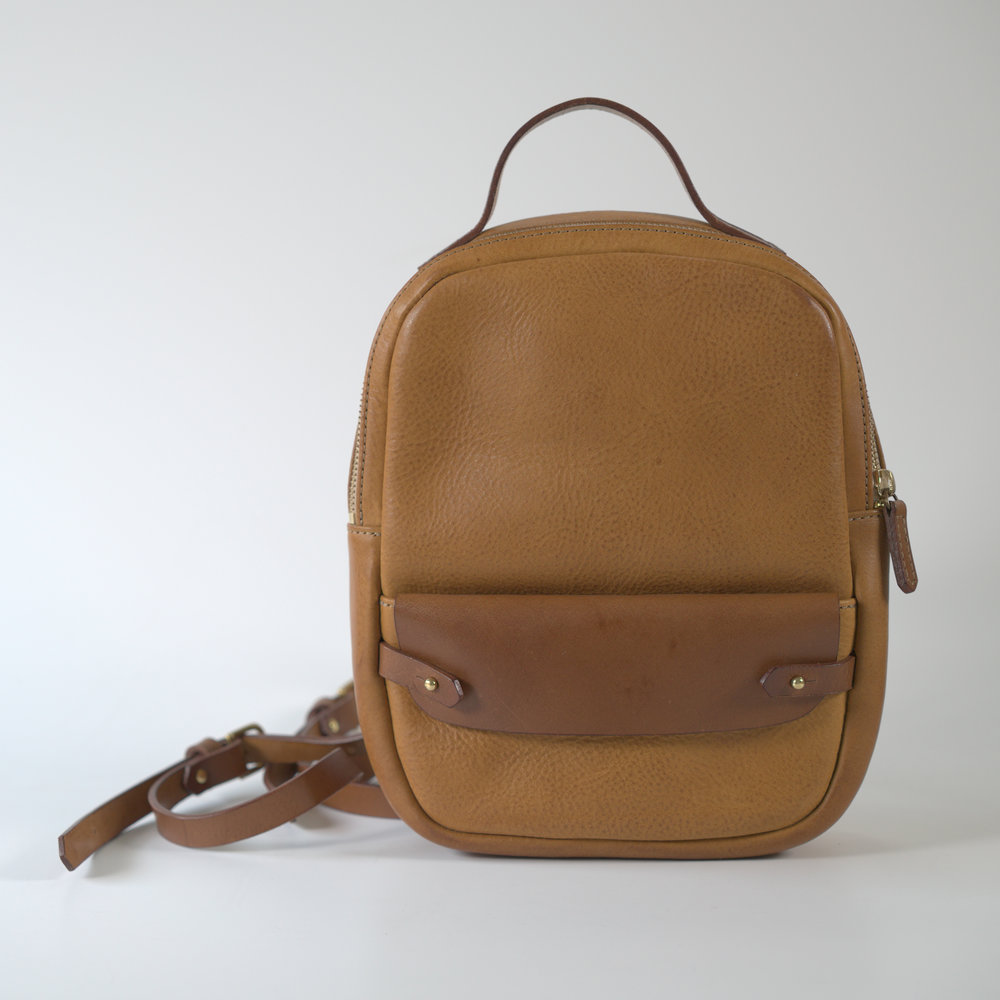 Handmade-leather-day-pack-tan.jpg