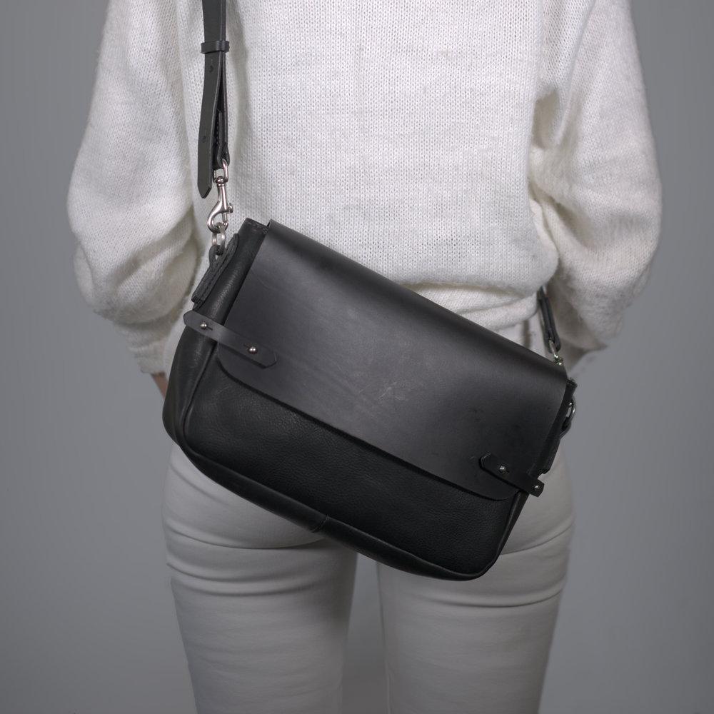 Handmade-leather-mini-satchel-black.jpg