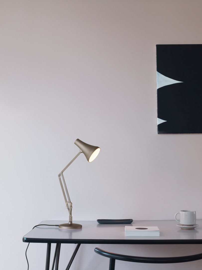 Anglepoise-90-Mini-Mini-Lighting-3-810x1080.jpg