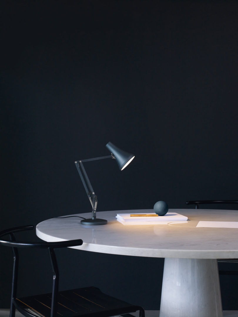 Anglepoise-90-Mini-Mini-Lighting-4-810x1080.jpg