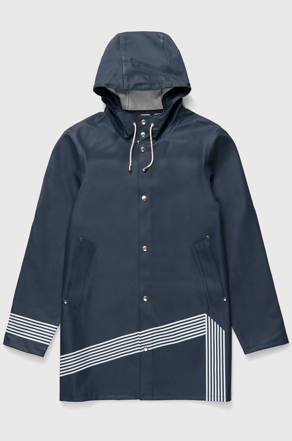 downsized_stutterheim_boo_man_coat_band_of_outsiders_navy_product_front_edit.jpg
