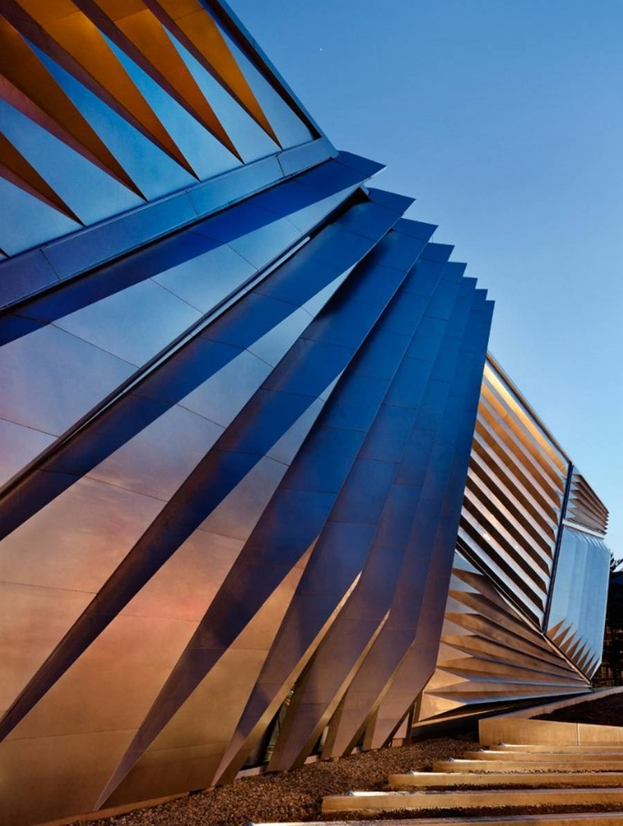 Eli-and-Edythe-Broad-Art-Museum-by-Zaha-Hadid.jpg