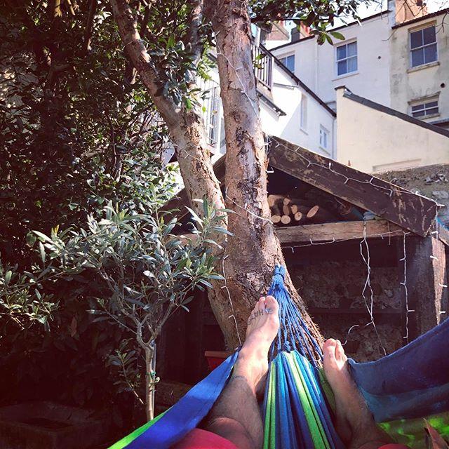 Stop ✋🏿 hammock time 👌🏻😑👌🏻