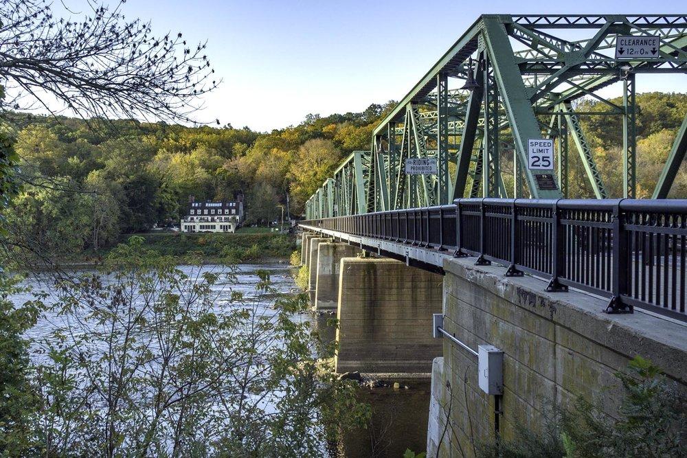 Center Bridge NJ into PA250122.jpg