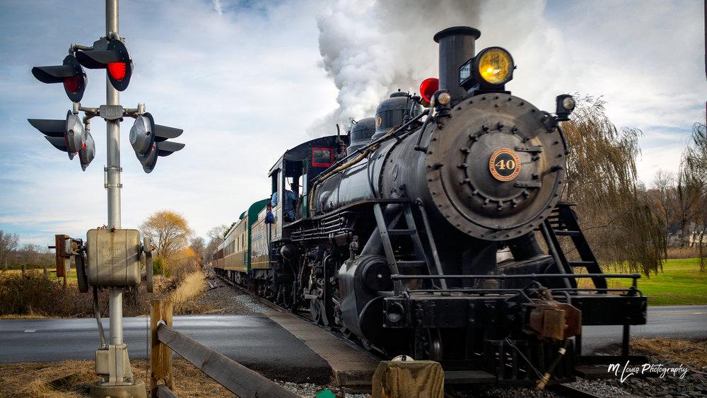 Train - Santa Run - 72dpi-252434.jpg