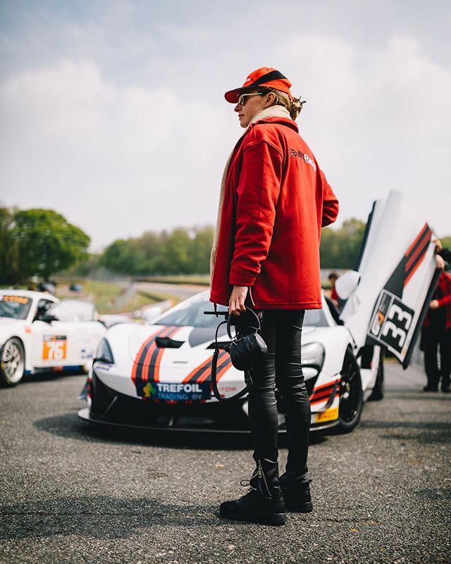 Olesia from Bullitt Racing in front of their McLaren 570s GT4 car. . . . .  #brandshatch #bullittracing #andymeyrick #stephenpattrick #race #racecar #gt4 #gt4series #carsofinstagram #mclaren #gt #circuit #570s #mclaren570s #35mm #canon #canon5dmkiv #portrait #canon #canonuk #pirelli
