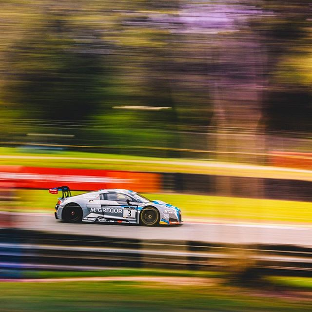 Audi R8 flashing past at the Blancpain GT this past weekend at Brands Hatch . . . #gt #brandshatch #supercar #blancpaingt #blancpain #motorsport #blur #bokeh #panning #brands #gtracing #racing #england #racetrack #colour #audi #audiR8 #audiR8lms #gt3 #pirelli #intgtc #canon #canonuk #canon5dmkiv