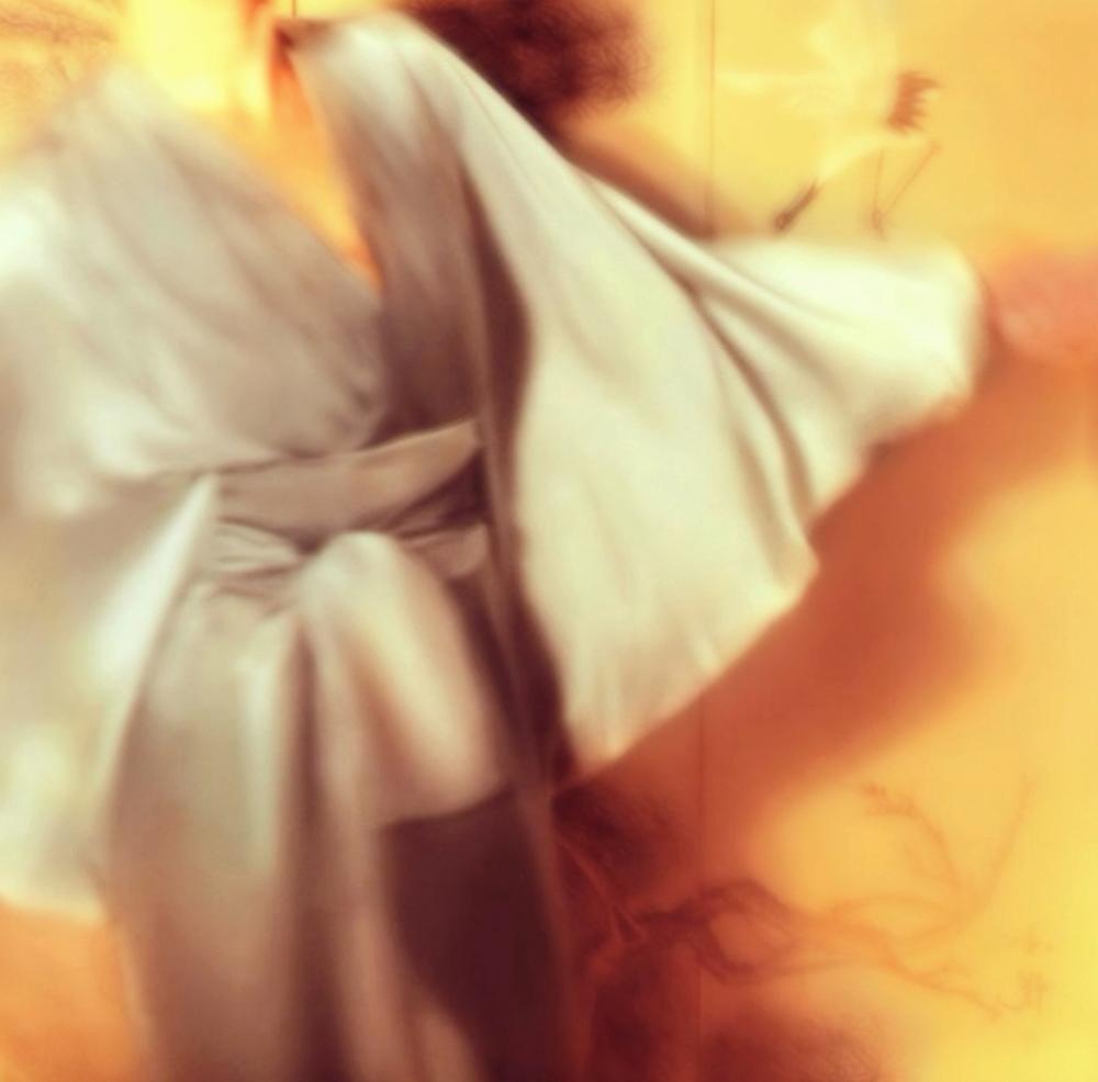 E P O K-SILK-DRAPE BACK-KIMONO-WRAP DRESS- GREY DEGRADE OMBRE-JAPAN