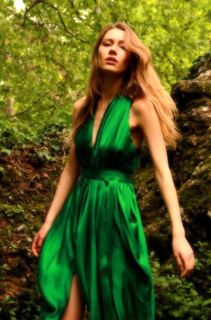 E P O K | EMERALD GREEN | GODDESS DRES