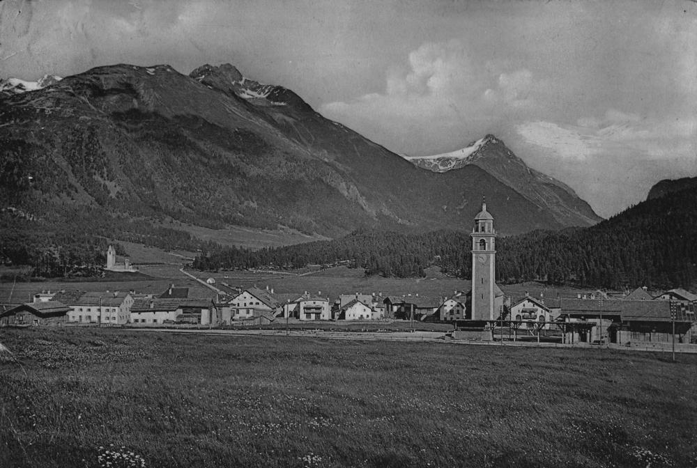 Celerina 1904, rechts vorne der Bahnhof