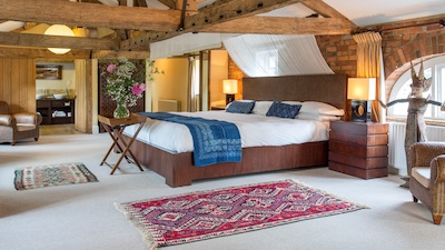 Super luxe Balinese loft suite at wasing