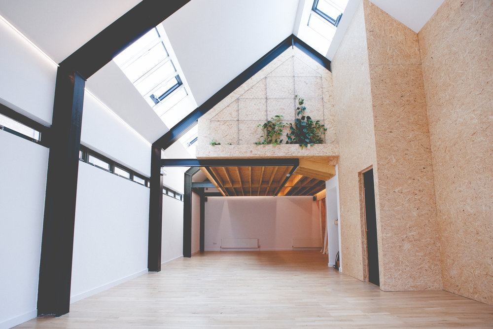 EAST OF EDEN, WALTHAMSTOW. LIGHT AND AIRY STUDIO PERFECT FOR BREATH WORK