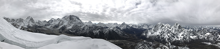 Panorama from Lobuche showing (L to R) Pumo-Ri, Everest, Nuptse, Ama Dablam and Cholatse