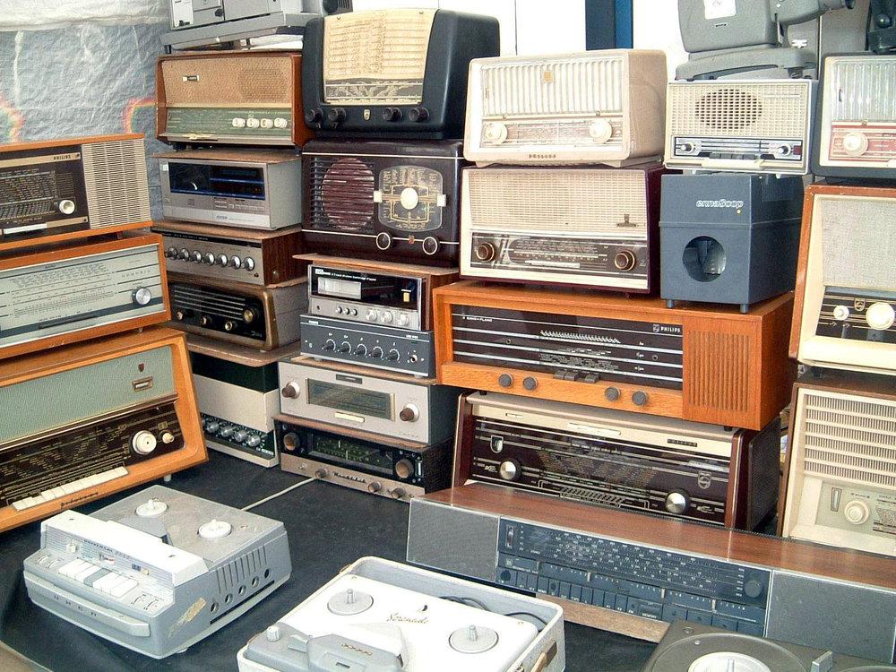 5. Radio / Stereo -
