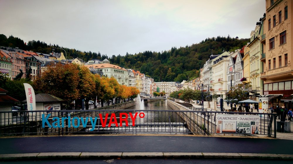 karlovy-vary-karlsbad-downtown-city-center.jpg
