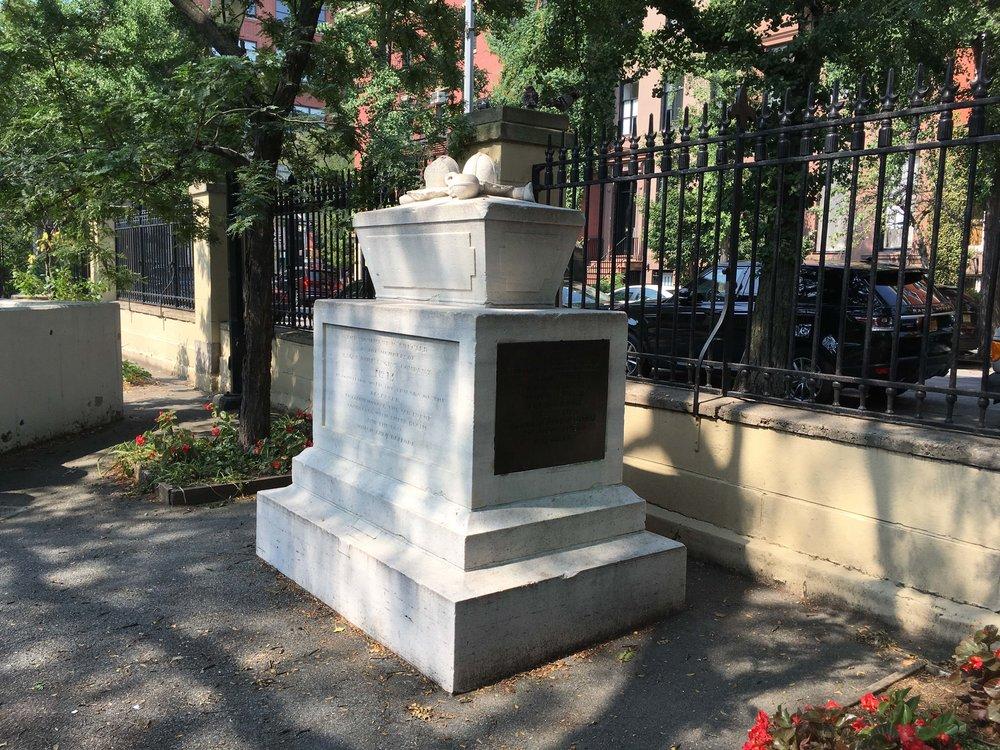 St John Cemetery-2.jpg