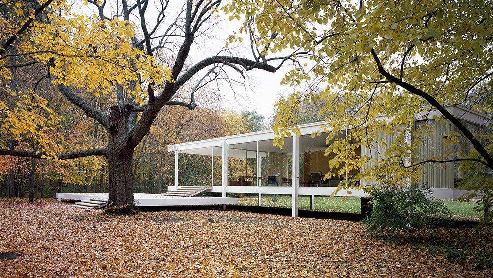 farnsworth house exterior.jpg