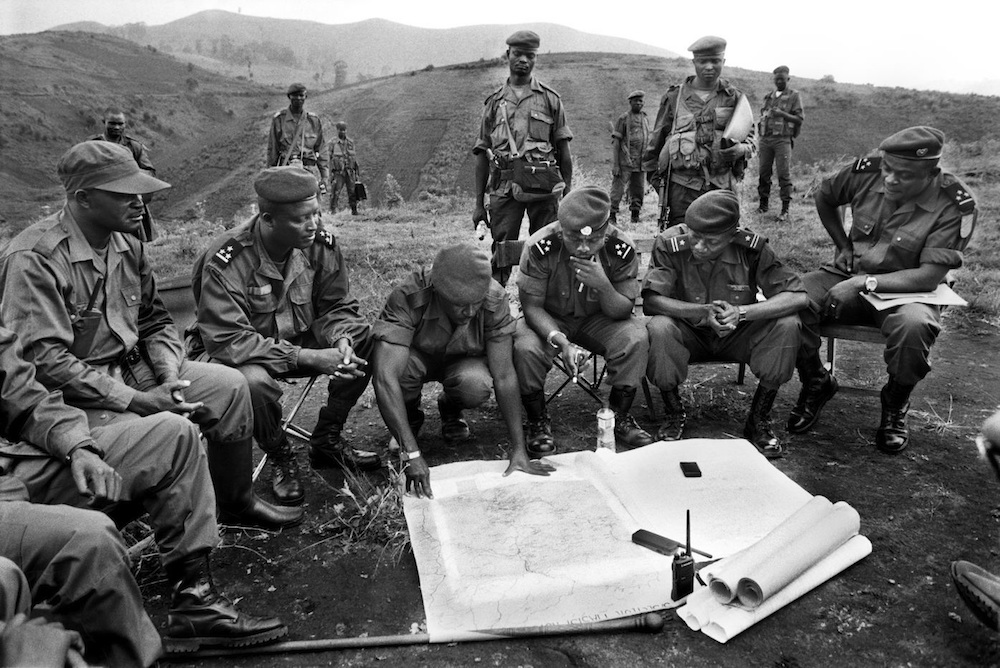 Meeting of Chief Commanders on the top of a hill, with General Mayala and his colonels, after the victory of Mushake. Considered as a strategic lock, this locality will be recaptured some days later, through heavy fighting by the men of General Laurent Nkunda. 2007.  Inquire about this image