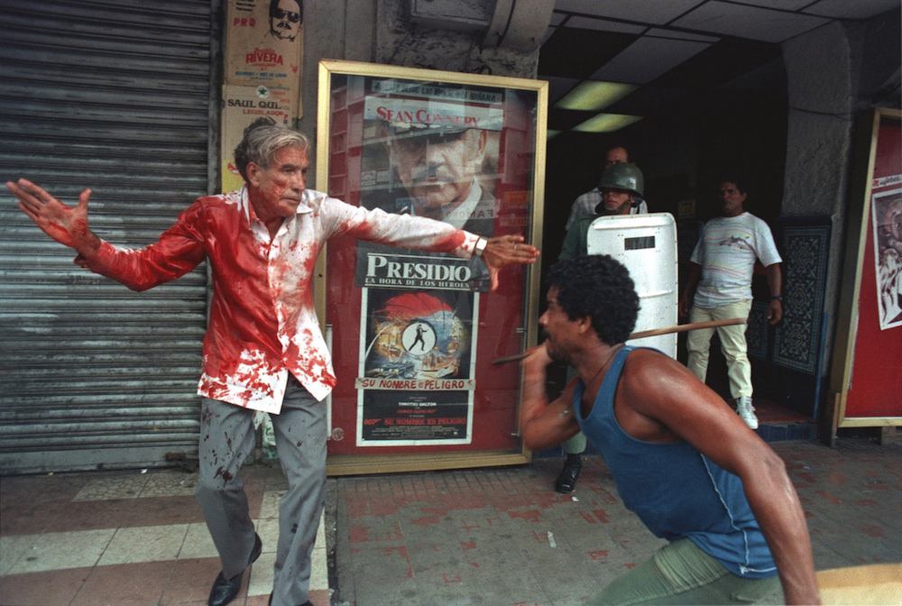 Supporters of Panamanian dictator Manuel Noriega attack elected Vice President Guillermo (Billy) Ford in Panama City, May 10, 1989.  Inquire about this image