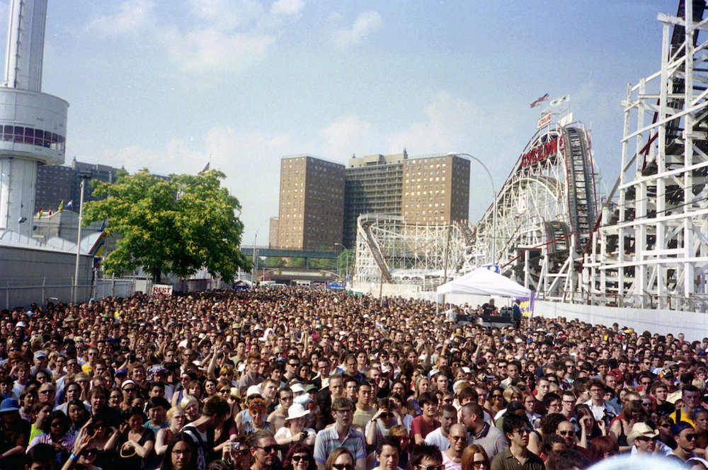 Coney Island Crowd, July 2002