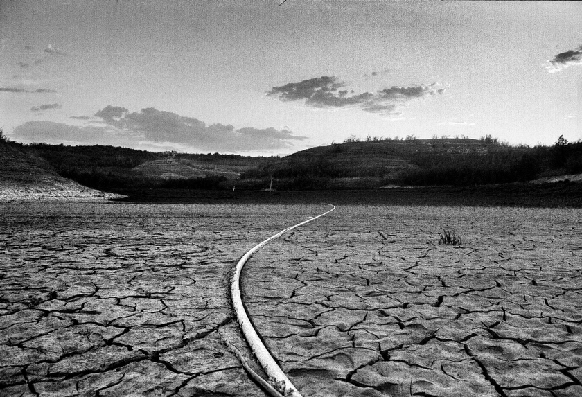 Lake Meade, a reservoir fed by the Colorado, has seen its water level drop over 100 feet in current years as a combination of drought, increased agricultural use, a booming Las Vegas population and global warming have taken their toll.  Inquire about this image