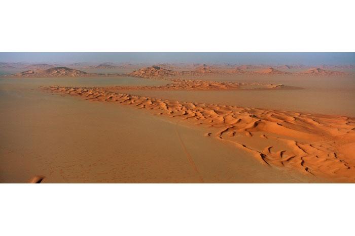 Zig-Zag barchan dunes, 'Uruq al Mutaridah, Saudi Arabia, 2004.  Inquire about this image