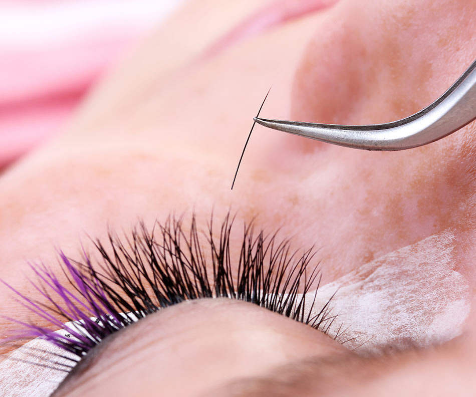 Classic Relash    50 - Touch-ups are recommended after the initial full set application to refill any lashes that have cycled out.To maintain the full, thick appearance of a new set of lashes a visit to your lash artist is recommended every 3 weeks based on your own natural lash growth cycle.
