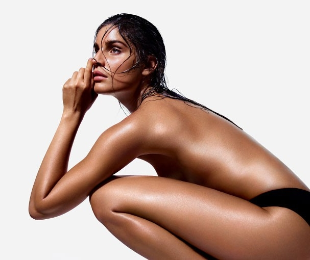 Buff & Bronze  75 - For perfect results and a tan that lasts longer and fades more evenly. Every tan should begin with a blank canvas of perfectly smooth, soft skin.Start with your choice of a traditional body scrub or a granular-free hydrating body exfoliation before your airbrush tan session.