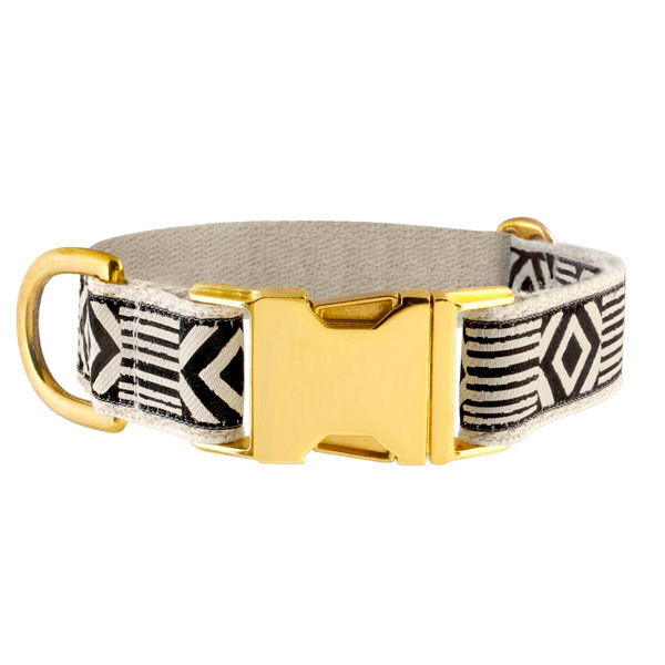 See Scout Sleep collar in 'Out of my Box' pattern