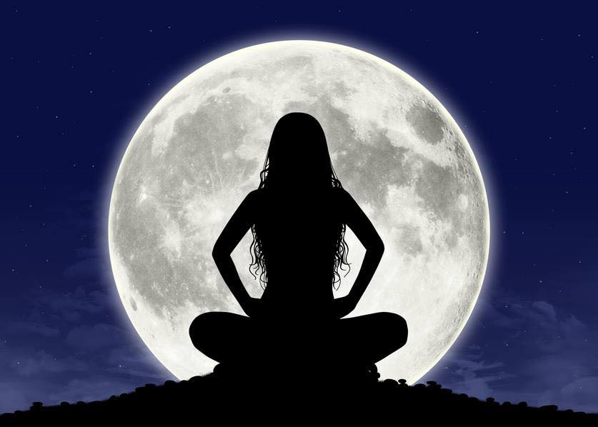 women full moon.jpg