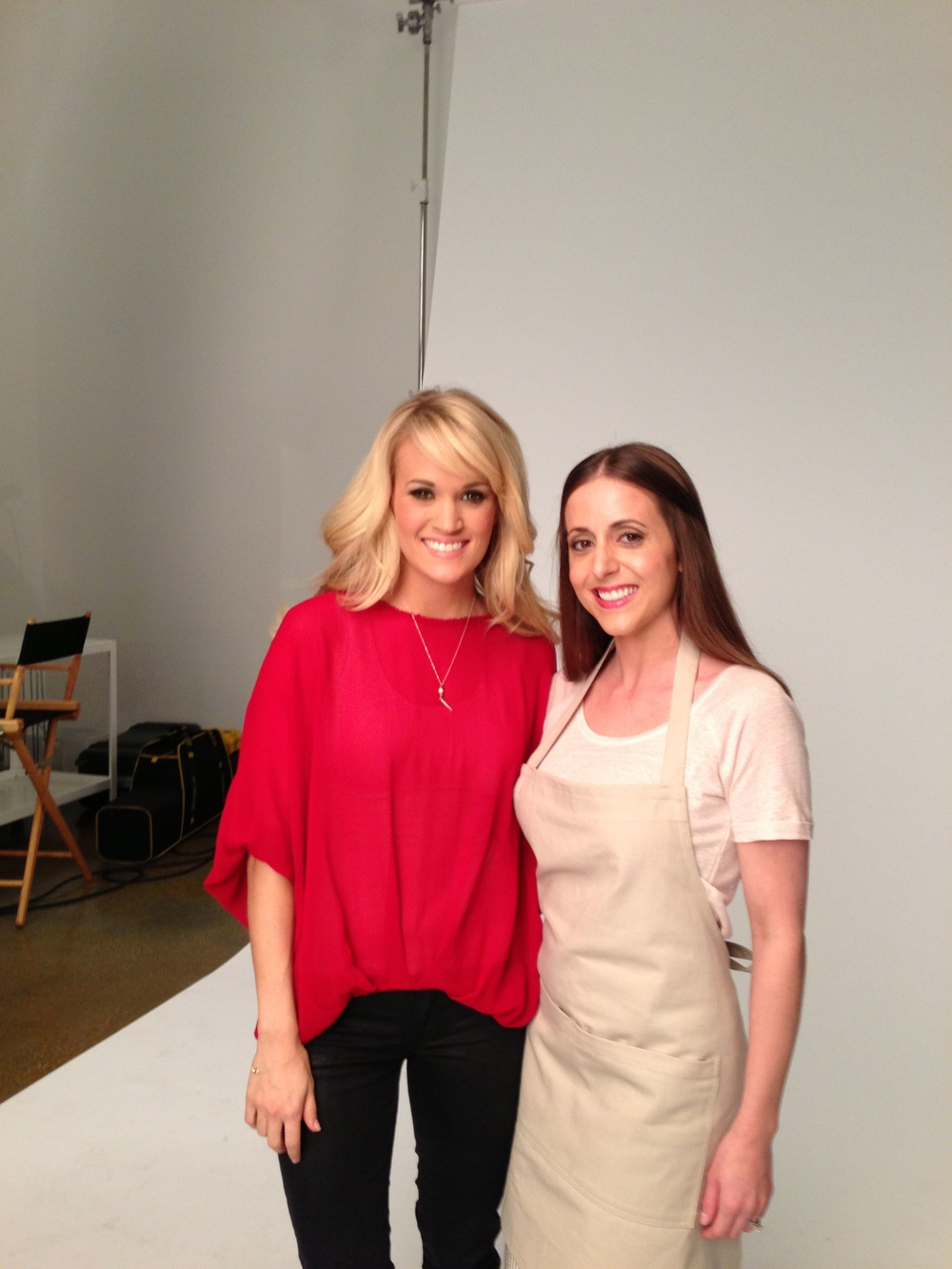 LeeAnn with Carrie Underwood on set