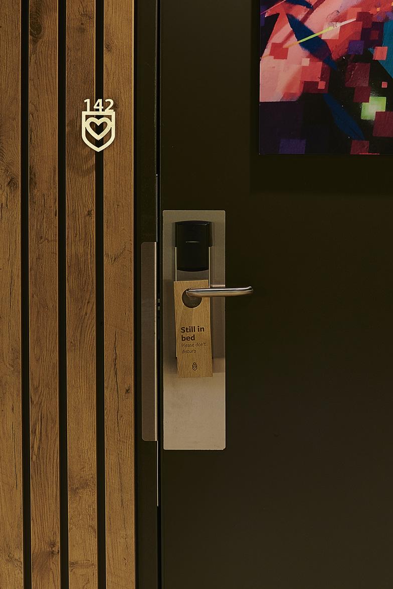 GOOD+HOTEL+ROOM+CORRIDOR+DESIGN+BY+SIKKO_VALK+REMKO_VERHAAGEN