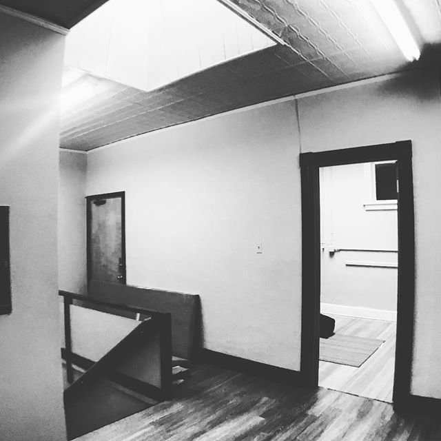 apparently, after three doors close, the universe finds you a skylight or two 😜 feeling pretty pretty pretty pretty pretty pretty pretty lucky right now. stay tuned.  #skylight #officespace #huntress #realestate #withalittlehelpfrommyfriends #alotofhelpactually #takesavillage #downtowniowacity #smallbusinessowner #findyourplace #overthemoonstudio