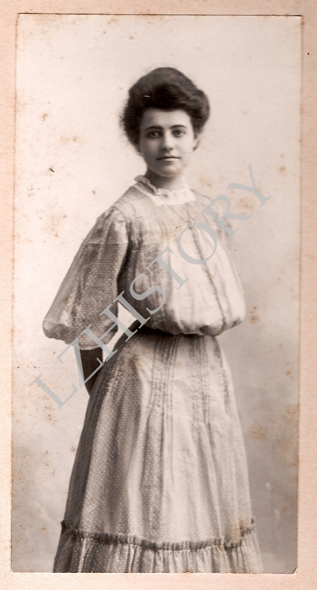 Blanche Bacon Hillsdale College Queen of May 1909
