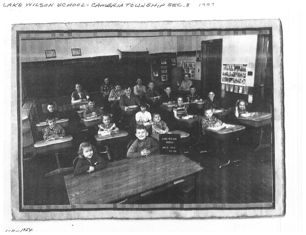 Lake Wilson (Card) School.jpg