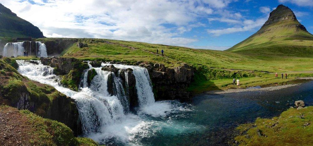 Kirkjufell Iceland.jpg