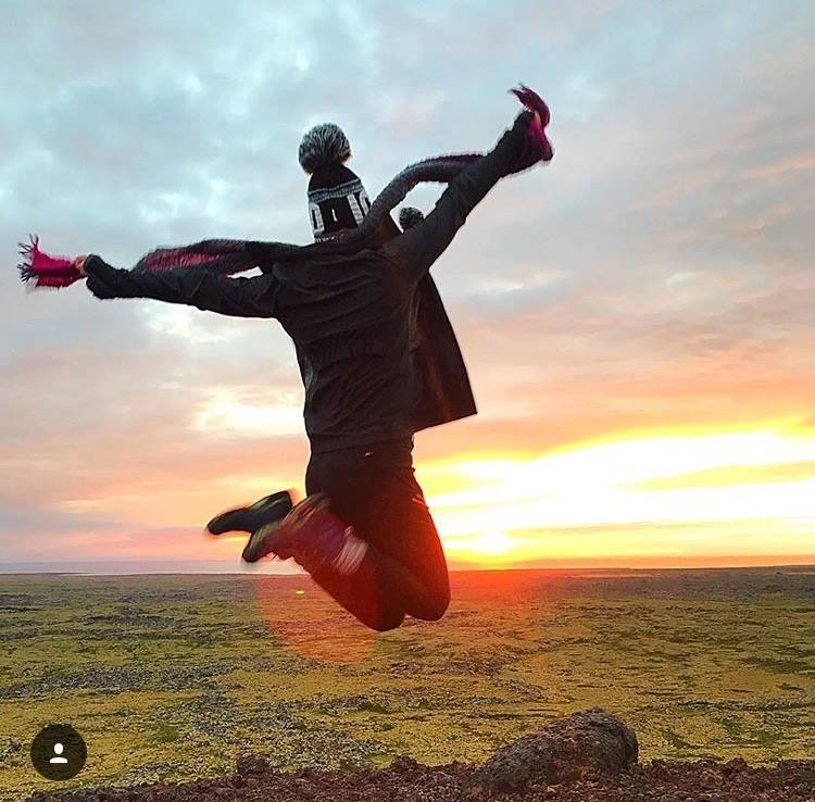 Iceland midnight sun.jpg