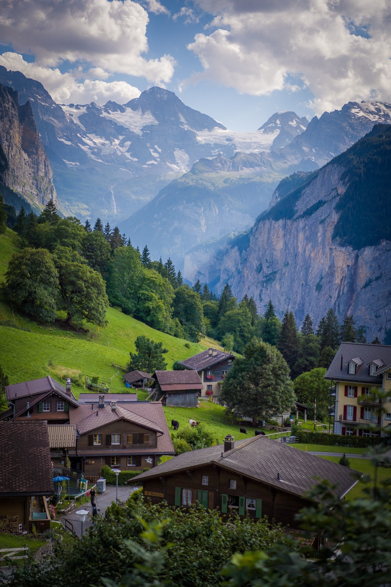 Swiss Alps Hiking Tour Carpe Mundo.jpg