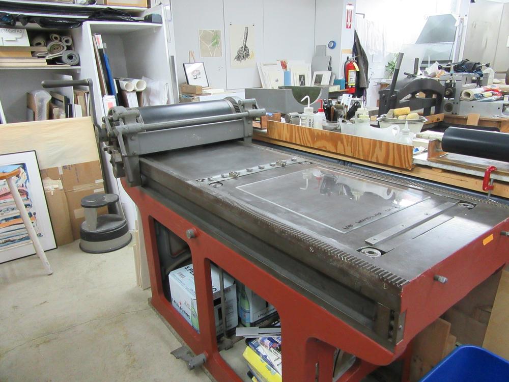 f_new press_2.jpg