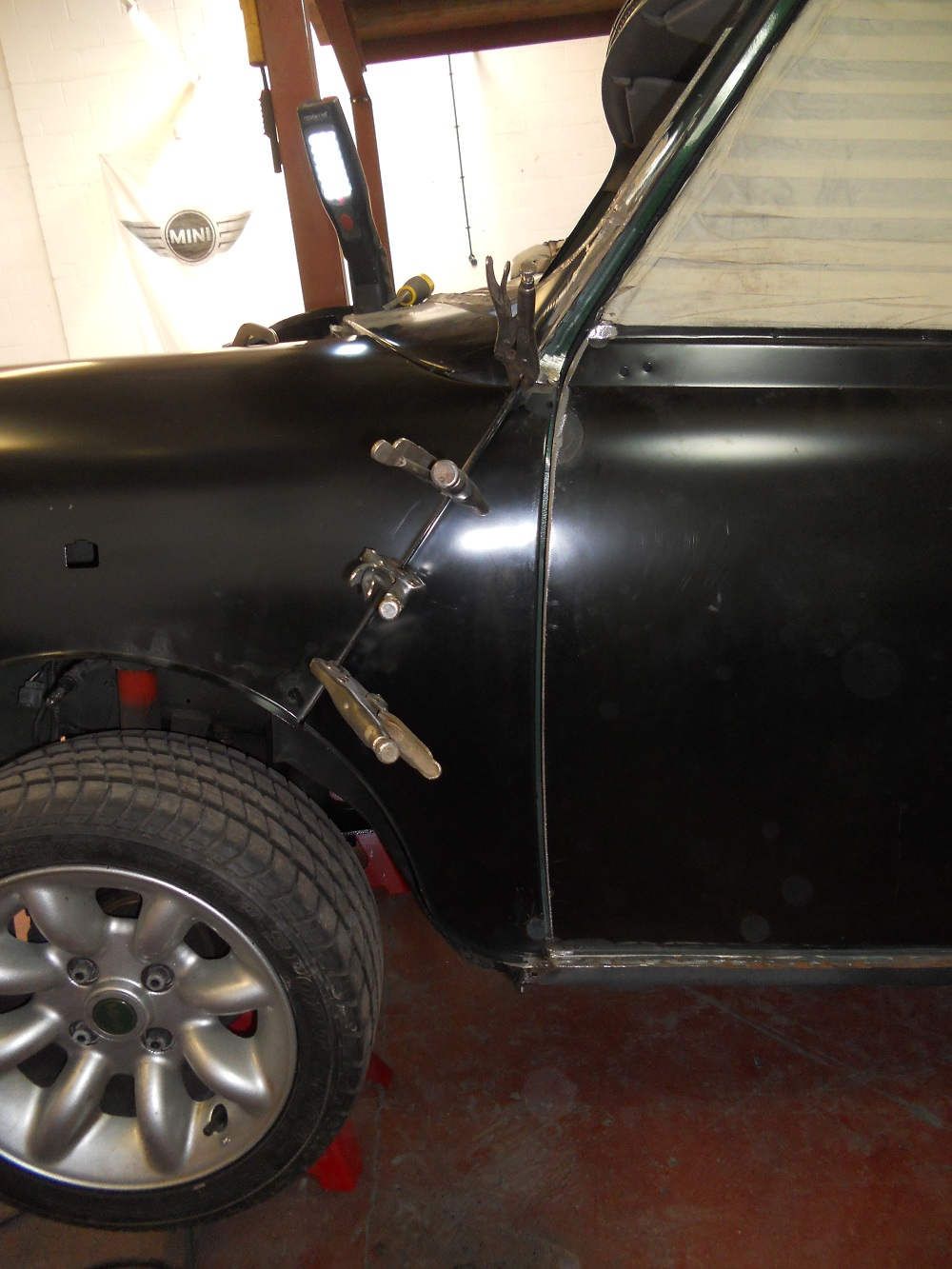 Mini Cooper MPI With Wheel Arch Restored