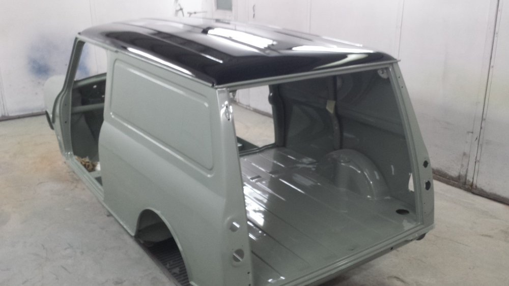TRMC_Classic_Mini_Van_Rear