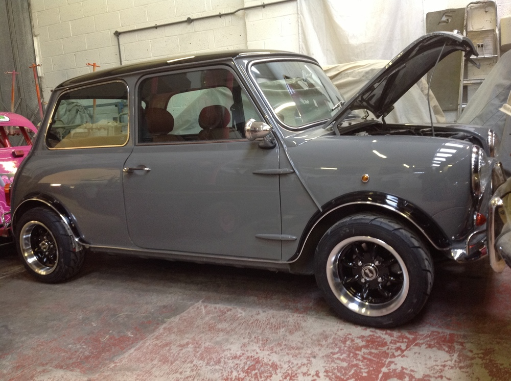 TRMC_Grey_Mini_With_Bonnet_Up