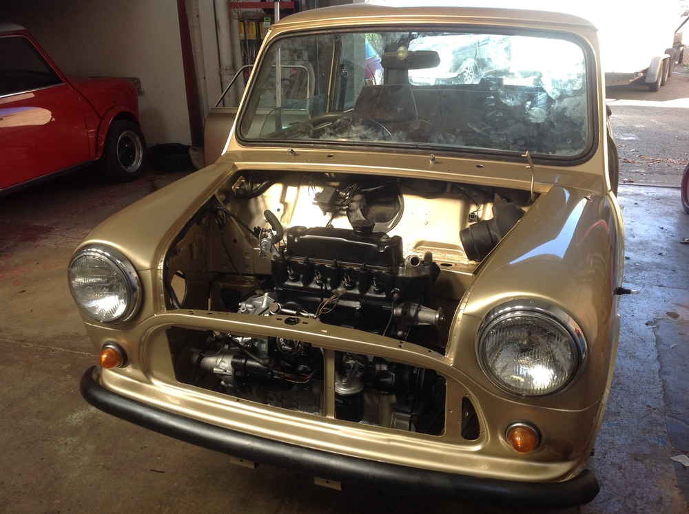 Mini_Mayfair_Resprayed_Gold_With_Engine_Displayed