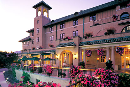 HotelHersheyVeranda.jpg