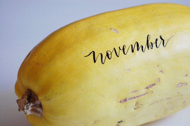 I guess November means tagging spaghetti squash 😆💛 . . . . . . #moderncalligraphy #weddingcalligrapher #calligrapher #calligraphy #handlettered #placecards #wedding #weddinginspo #bridal #bridalinspo #weddingcalligraphy #freehand #pointedpen #hunt101 #sumi #art #envelopecalligraphy #swellcalligraphy #laguna #lagunabeach #artist #communityovercompetition