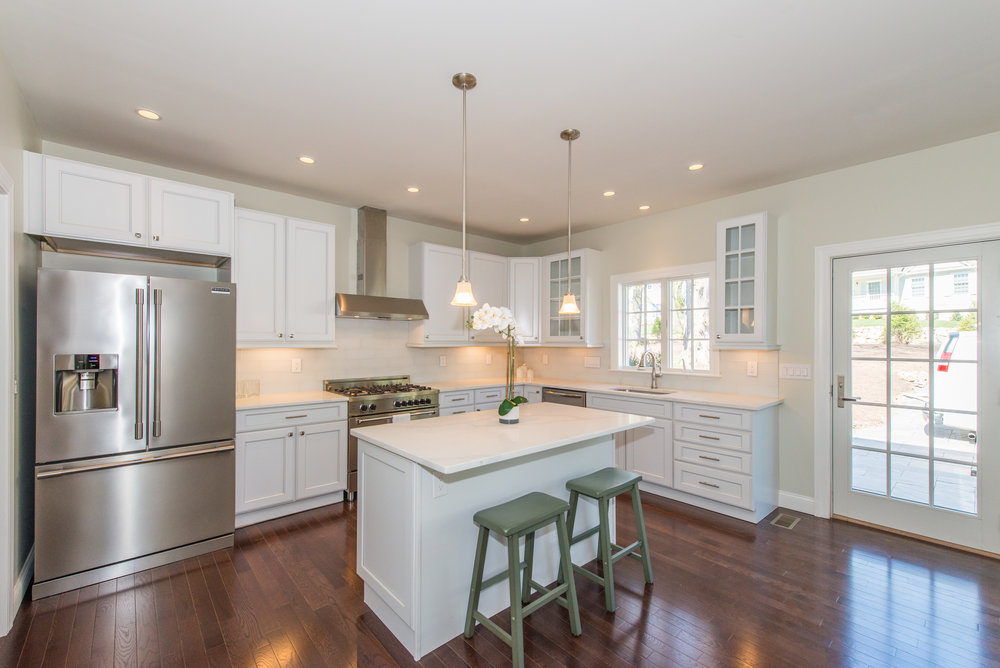 Wow Kitchen with Professional grade appliances