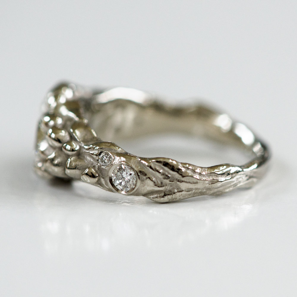 CG-Grisez-engagement ring-nature-hike-diamond-organic