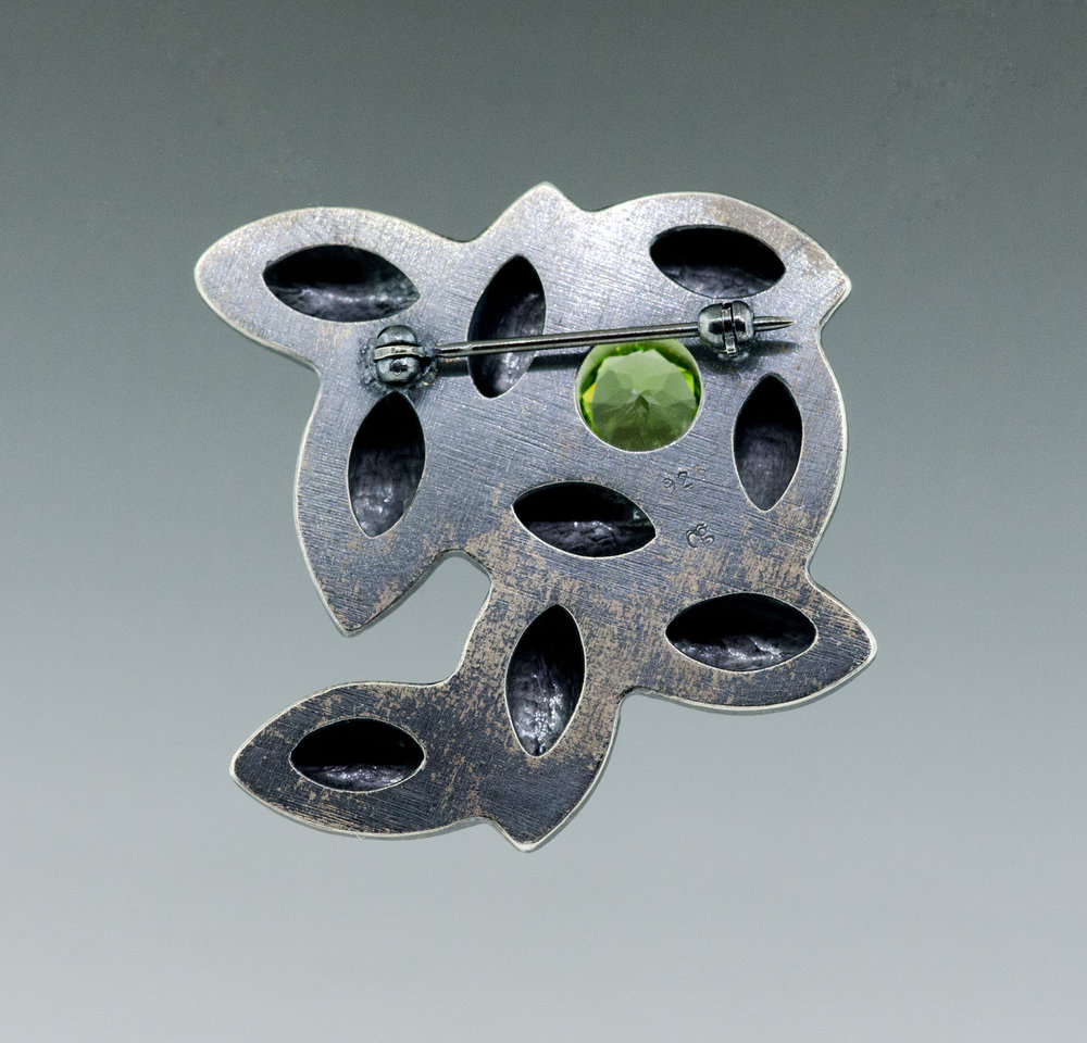 silver-green-peridot-pin-CG-Sculpture-Jewelry.jpg