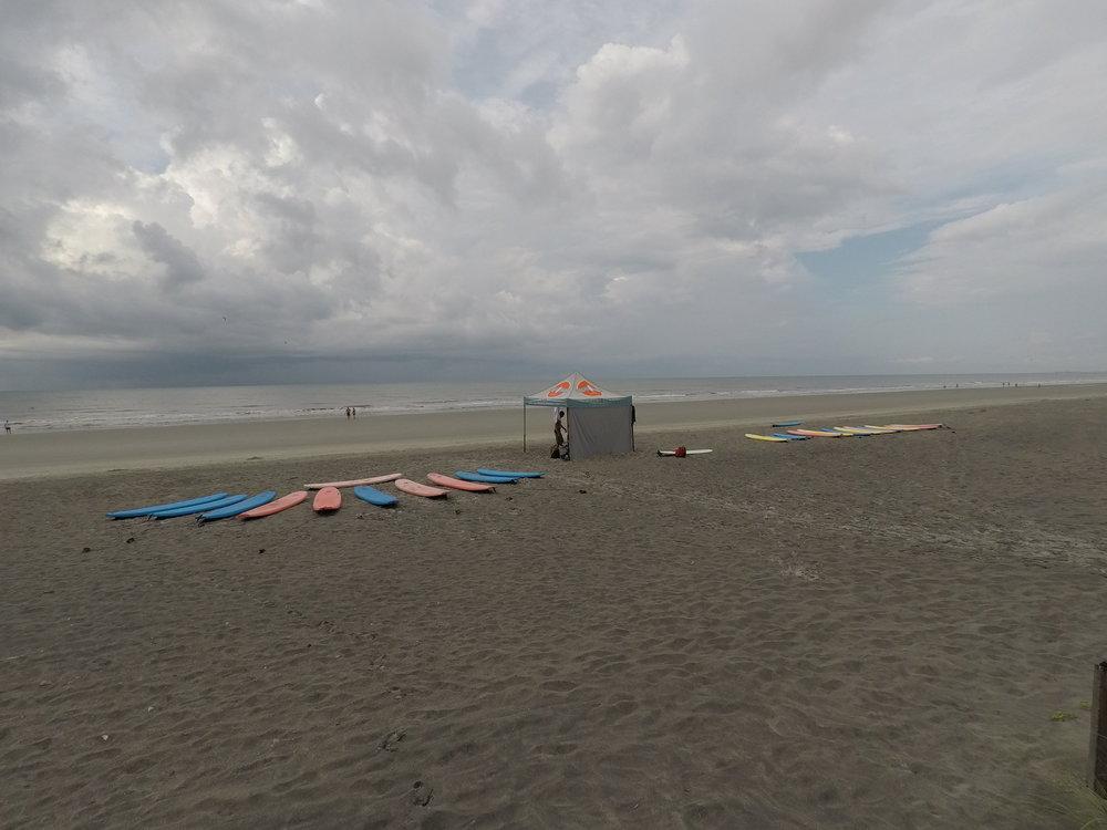 Monday morning on Folly Beach!
