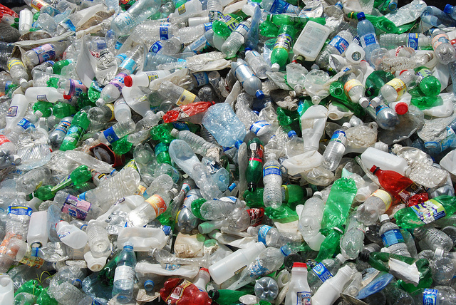 20161027 Google image labeled for reuse water-bottle-pollution